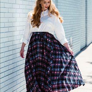 NWT LuLaRoe DeAnne skirt. Size 3XL